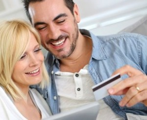 375_250-thinkstock_couple_shopping_online_w_notebook